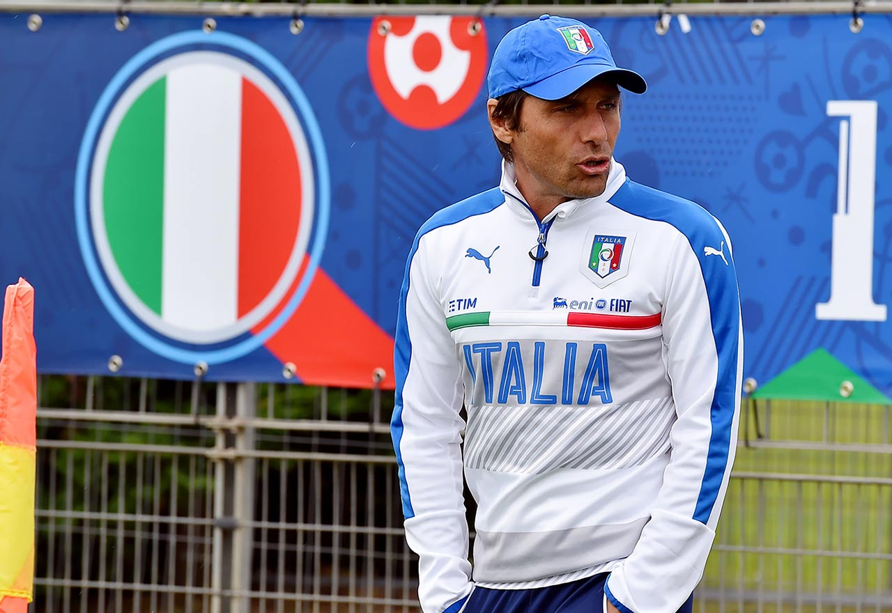 Italian FA want Antonio Conte as new national team manager
