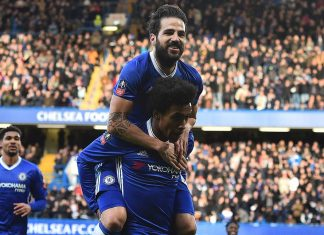 fabregas & willian celebrate against Brentford