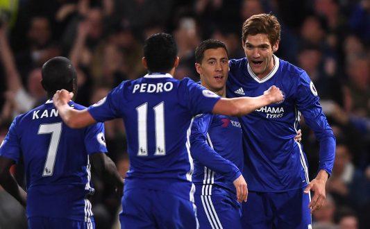 hazard celebrating against Man City