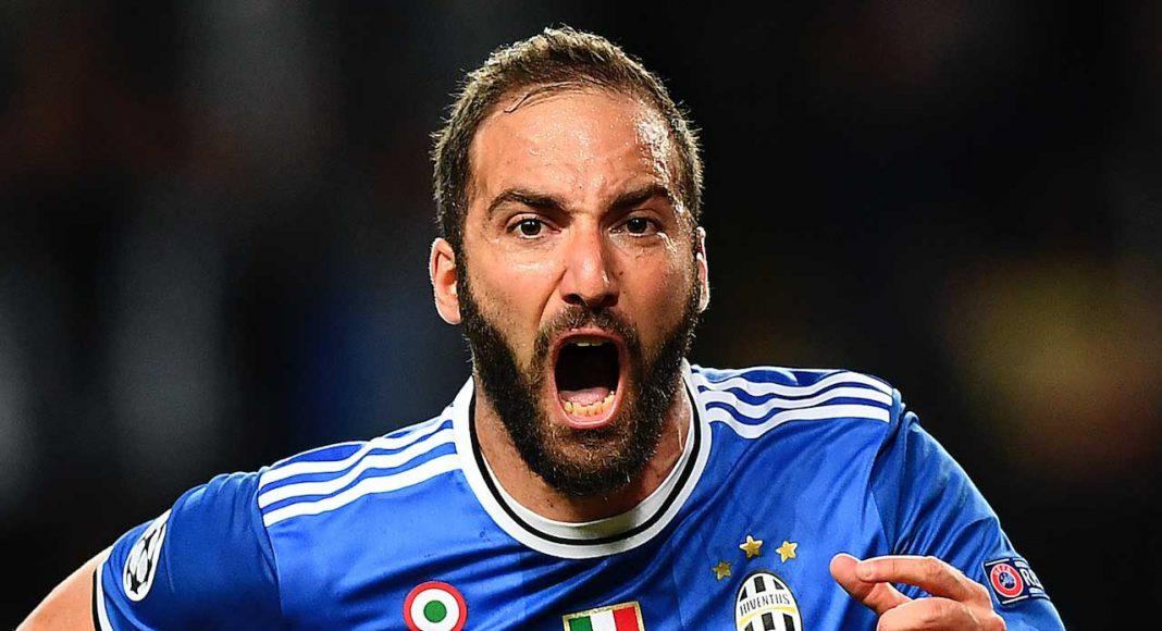 Gonzalo Higuain: Chelsea make £88m bid for Juventus star