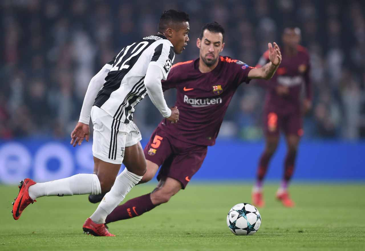 Alex Sandro wants Juventus exit?