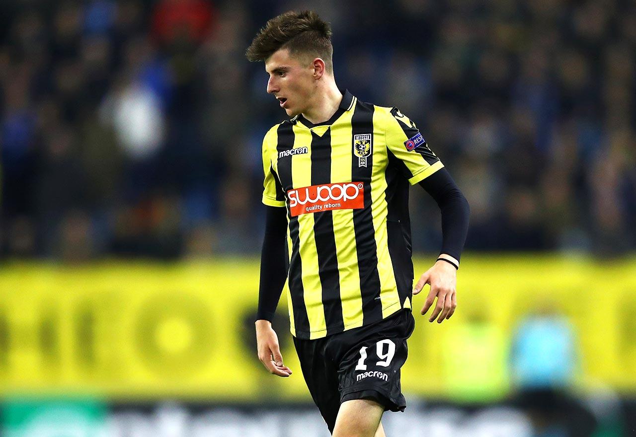 Video Chelsea Loanee Mason Mount Bags Hat Trick For Vitesse Arnhem