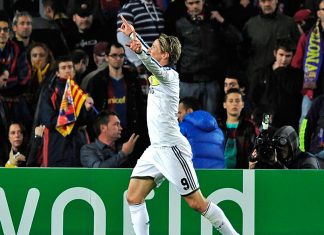 Torres Celebrating Against Barcelona