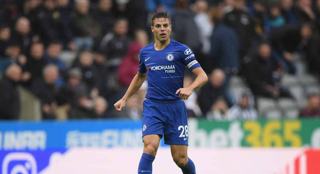 Pedro, Hazard keep up Chelsea's winning start