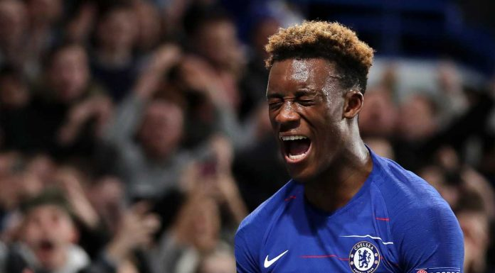 Chelsea fans lose their minds as Hudson-Odoi is handed start against Tottenham