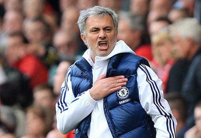 gambar 1 - mourinho melatih chelsea