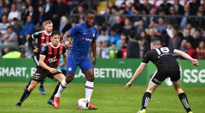Michy Batshuayi blasts himself into lead of three way Chelsea striker race